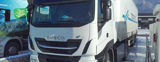 demonstration-iveco-np400